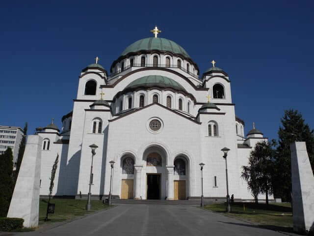 interrail-belgrade-temple-saint-sava