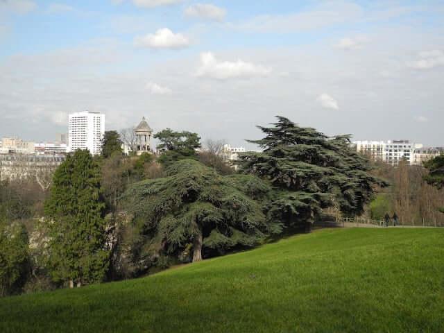 (Re) visiter Paris – Balade autour des Buttes Chaumont (19e)