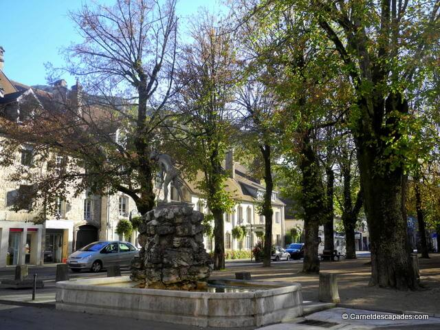Place Courbet-Ornans