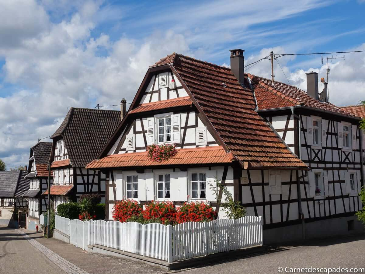 hunspach-plus-beau-village-france-alsace