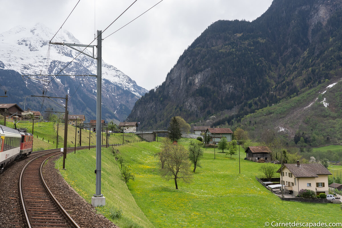 gotthard-panorama-express-train-suisse