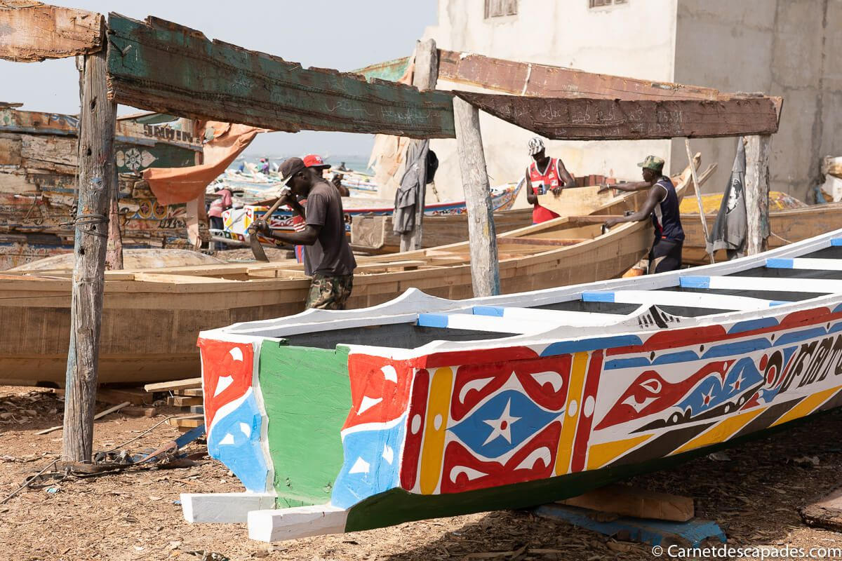construction-pirogue-kayar-senegal