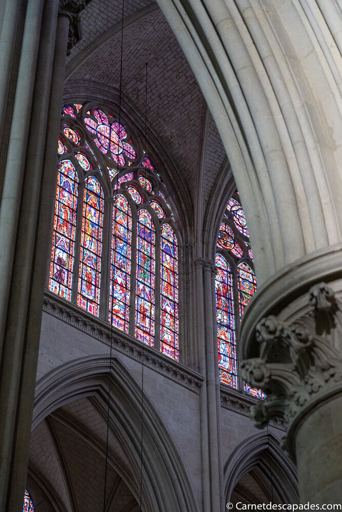 cathedrale-le-mans-vitrail