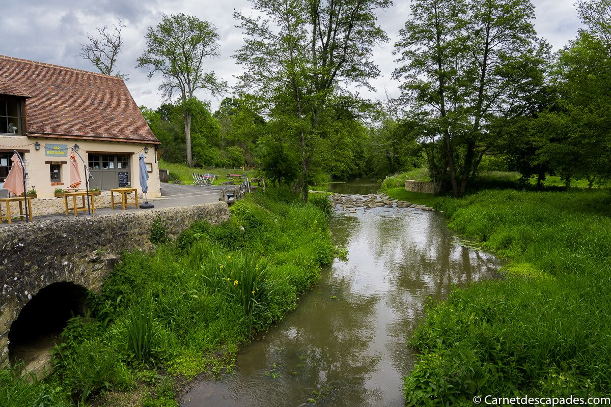 vallee-grottes-saulges