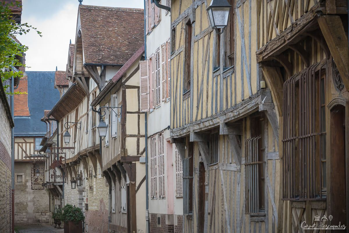 rue-troyes